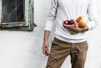 This study suggests that the physical stress of standing while eating reduces sensory sensitivity, w...