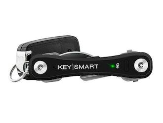 KeySmart Pro with Tile Smart Location