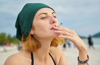 Smoking weed may alleviate psychotic symptoms.