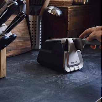 E5 - Electric Kitchen Knife Sharpener