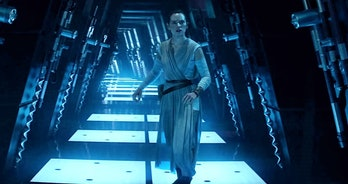"""Rey on Cloud City in her """"Force-Back"""" vision in 'The Force Awakens.'"""