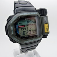 Are Casio's Old Smartwatches So Beautiful They Belong in a Museum?