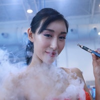 U.S. Department of Transportation Bans Vaping on All Commercial Flights