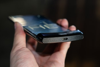 Motorola razr foldable phone hands on