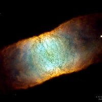 NASA's Hubble Telescope Image Shows Dying Planetary Nebula from the Side