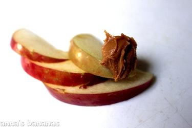 Apples & Peanut Butter