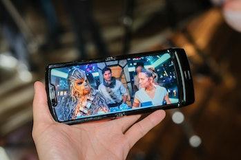 Motorola razr foldable phone display hands on