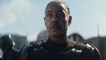Giancarlo Esposito as Moff Gideon. Did he just make his first appearance?