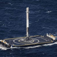 SpaceX Falcon 9: Congress Says It Wants More Missions With Reusable Rockets