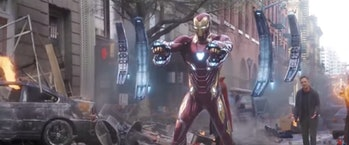 Iron Man using a new suit feature in 'Avengers: Infinity War' (2019)