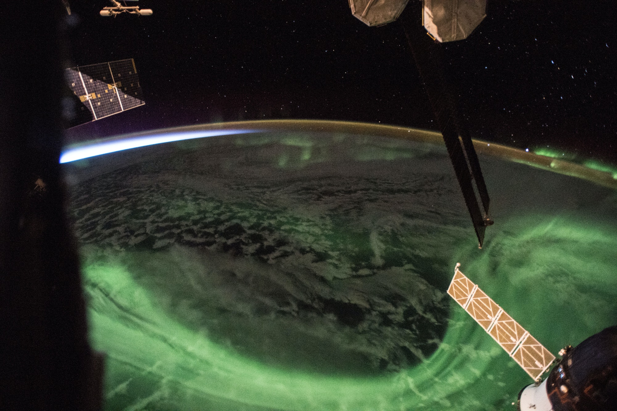 ricky arnold iss aurora picture twitter