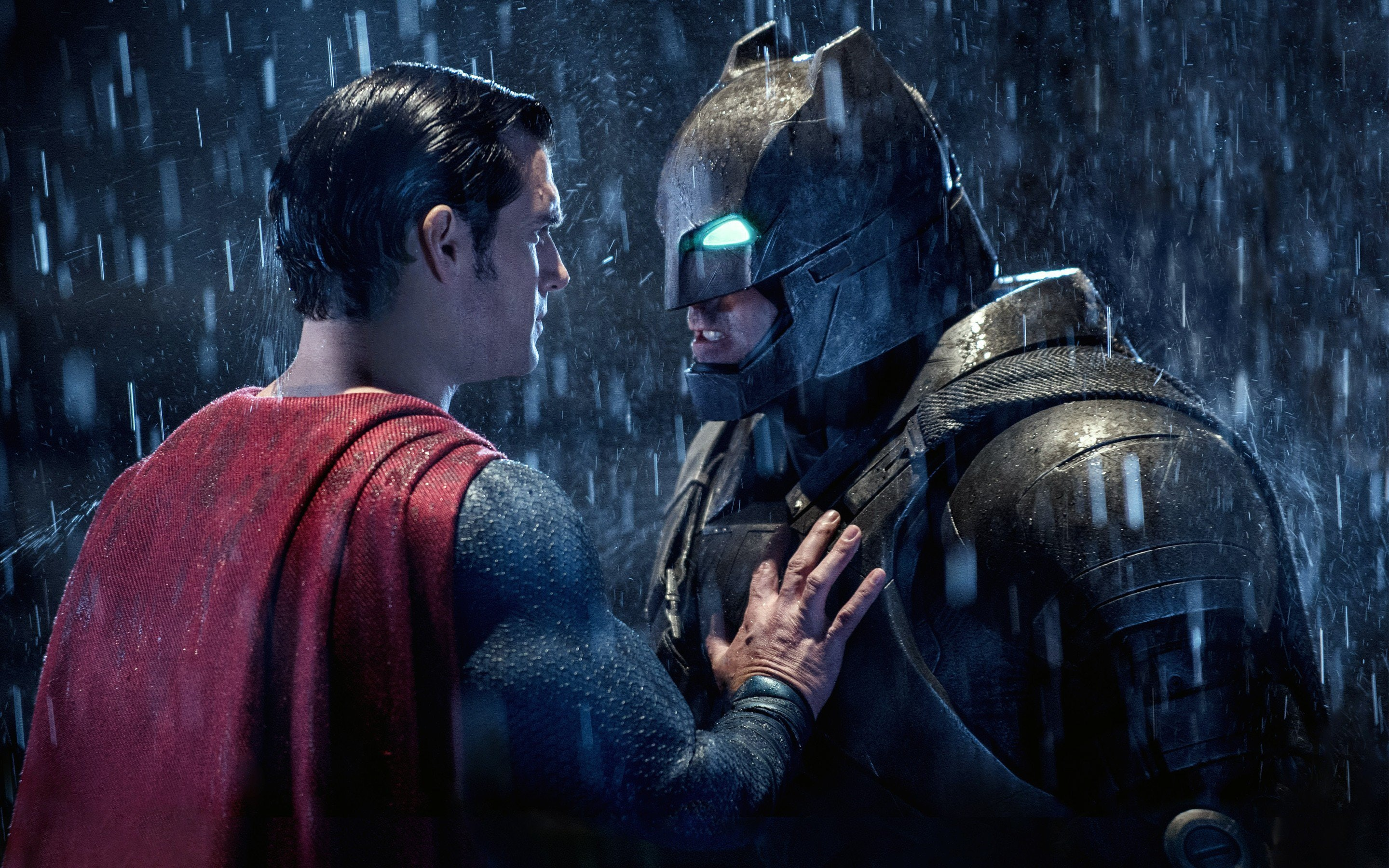 Batman And Superman Fight Over Who Gets To Be The Boss In Justice