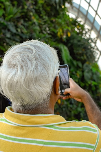 Technology can help combat loneliness, and more tech companies should cater to older adults.