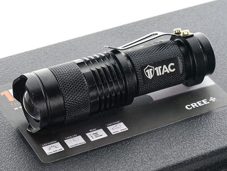 1TAC TC800 Tactical Flashlight Kit