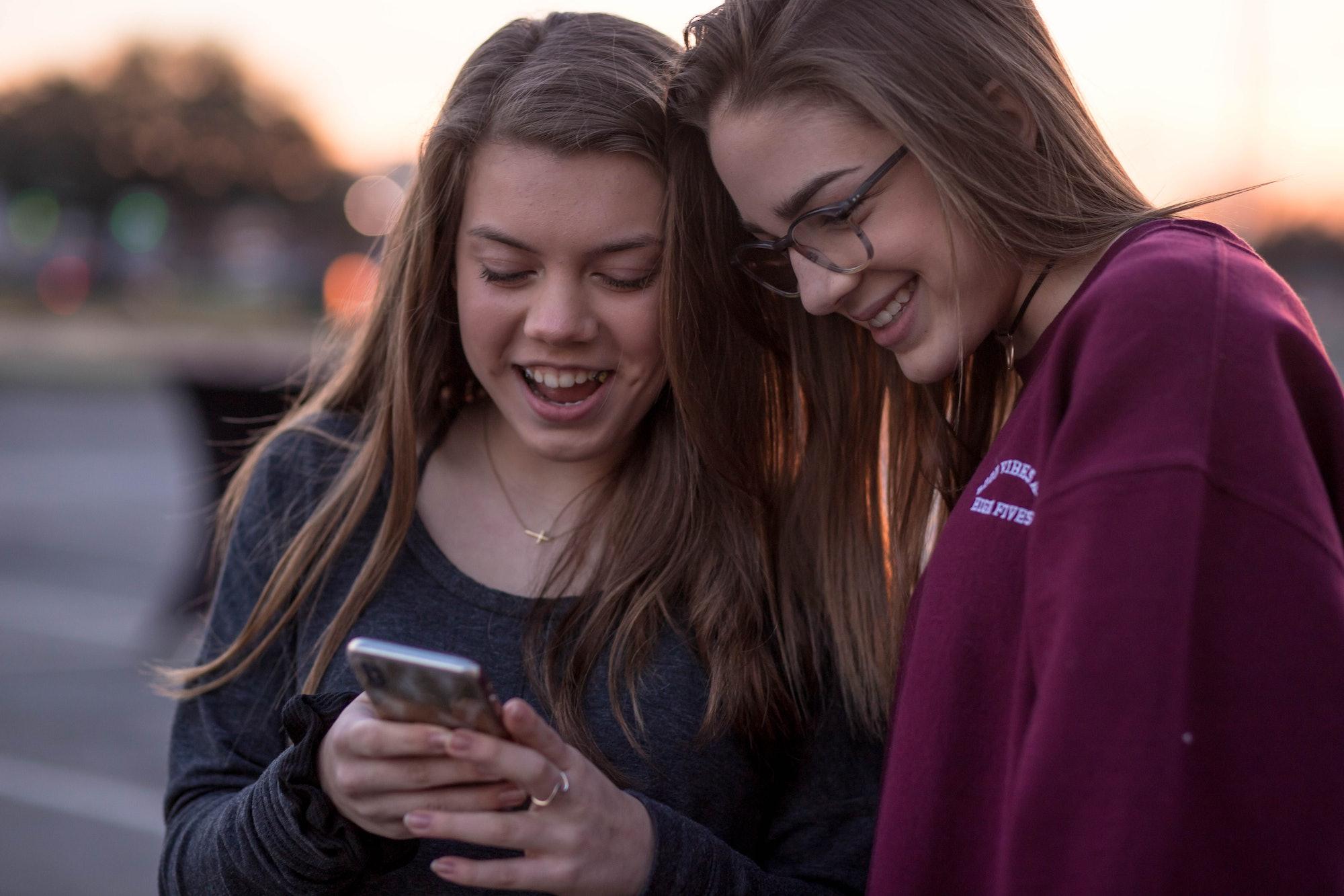 texting social media