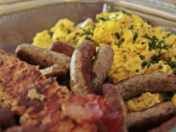 breakfast food eggs