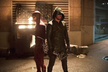 Flash vs Arrow Arrowverse Crossover