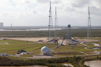 Launch 39-B aerial view