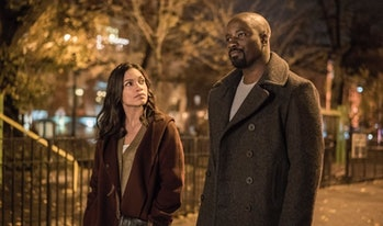 Rosario Dawson as Claire Temple and Mike Colter as Luke Cage in Netflix's 'The Defenders