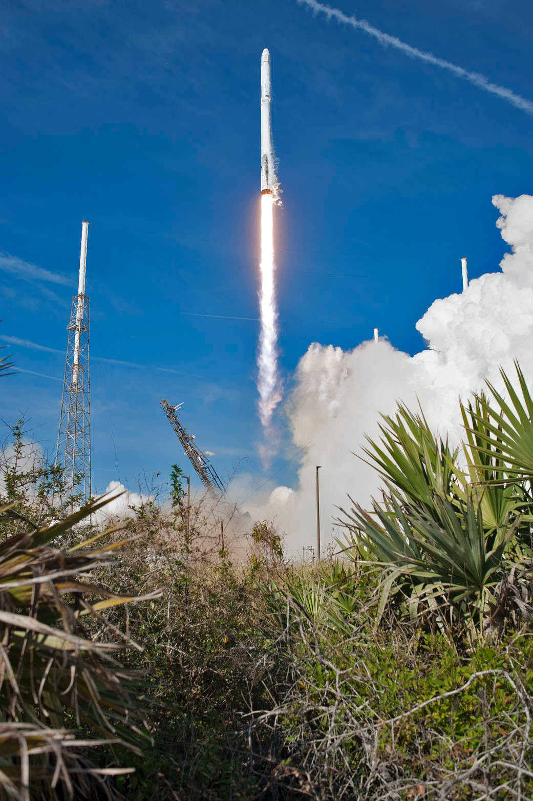 SpaceX 45th Space Wing Cape Canaveral Air Force Station