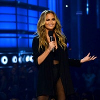 Chrissy Teigen's 2 Suggestions for Twitter Would Make It 100 Percent Better