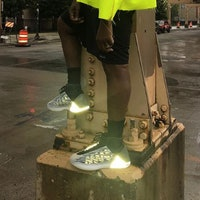 Should Kanye's Shiny Yeezys Be Banned From the NBA? Physics Suggests Yes