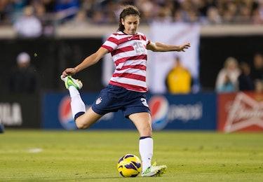 Yael Averbuch, Women's Soccer
