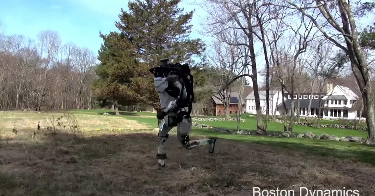 Boston Dynamics: New Horrifying Tricks From the SpotMini and Atlas