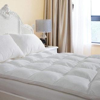 Duck & Goose Co Plush Durable Premium Hotel Quality Mattress Topper, Hypoallergenic Down Alternative Fiber