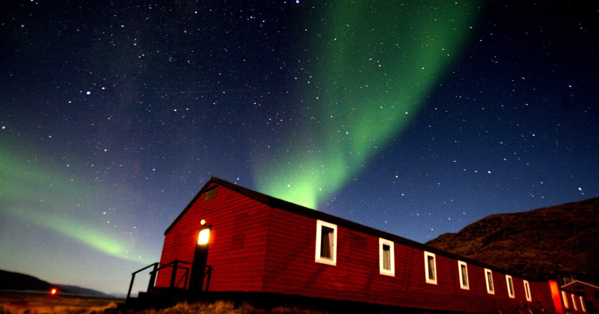 A Solar Storm Could Spark Amazing Auroras Tonight: How to Watch