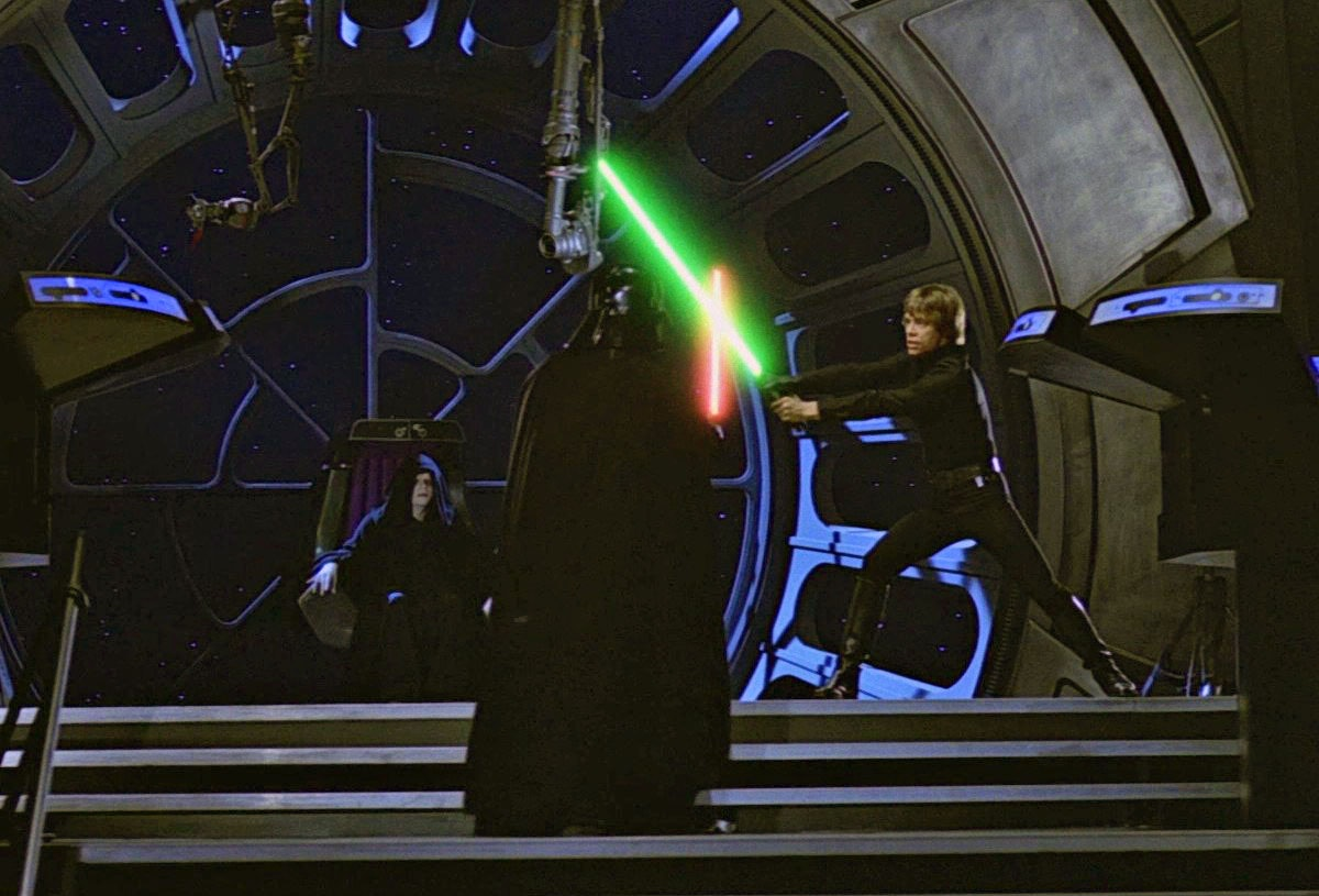 Luke and Vader in the Emperor's Throne Room in 'Return of the Jedi'