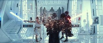 rise of skywalker rey kylo ren destroy statue white room