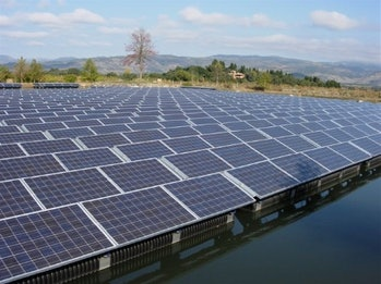 California winery's flotovoltaics installation