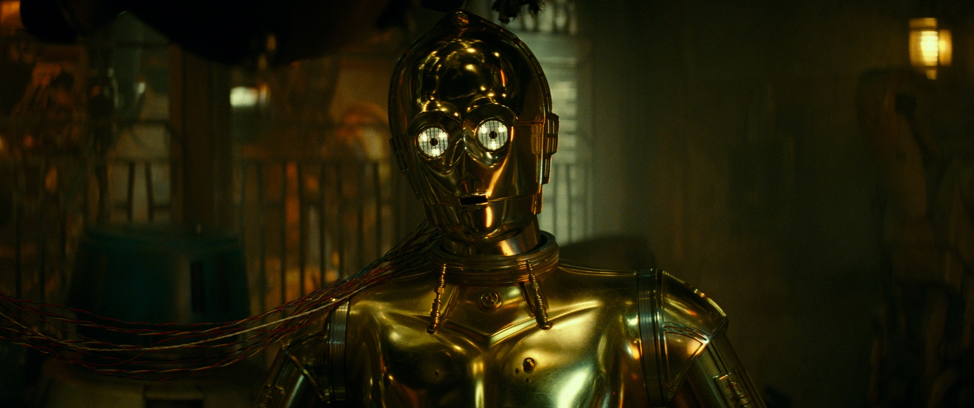 C-3PO droid Rise of Skywalker