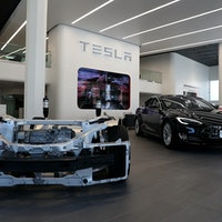 Tesla Expects to Deliver 25,000 More Vehicles This Year
