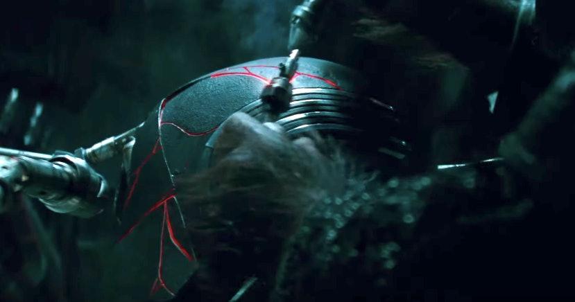 Star Wars Rise Of Skywalker Kylo Ren S Helmet Has A Japanese Influence