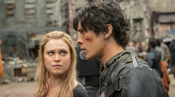 Eliza Taylor and Bob Morley in 'The 100'