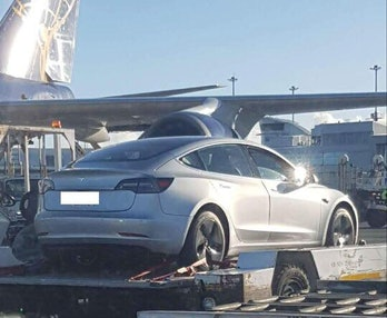 Tesla Model 3 showed up in New Zealand