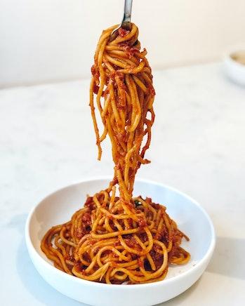 black hole spaghettification