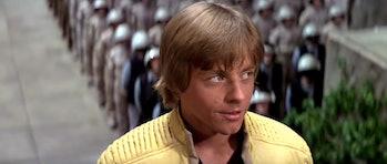 star wars rise of skywalker leaks reshoots yavin 4 luke new hope