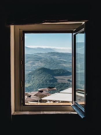dust open window