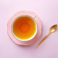 Put the kettle on and have a cup of tea: 5 health benefits