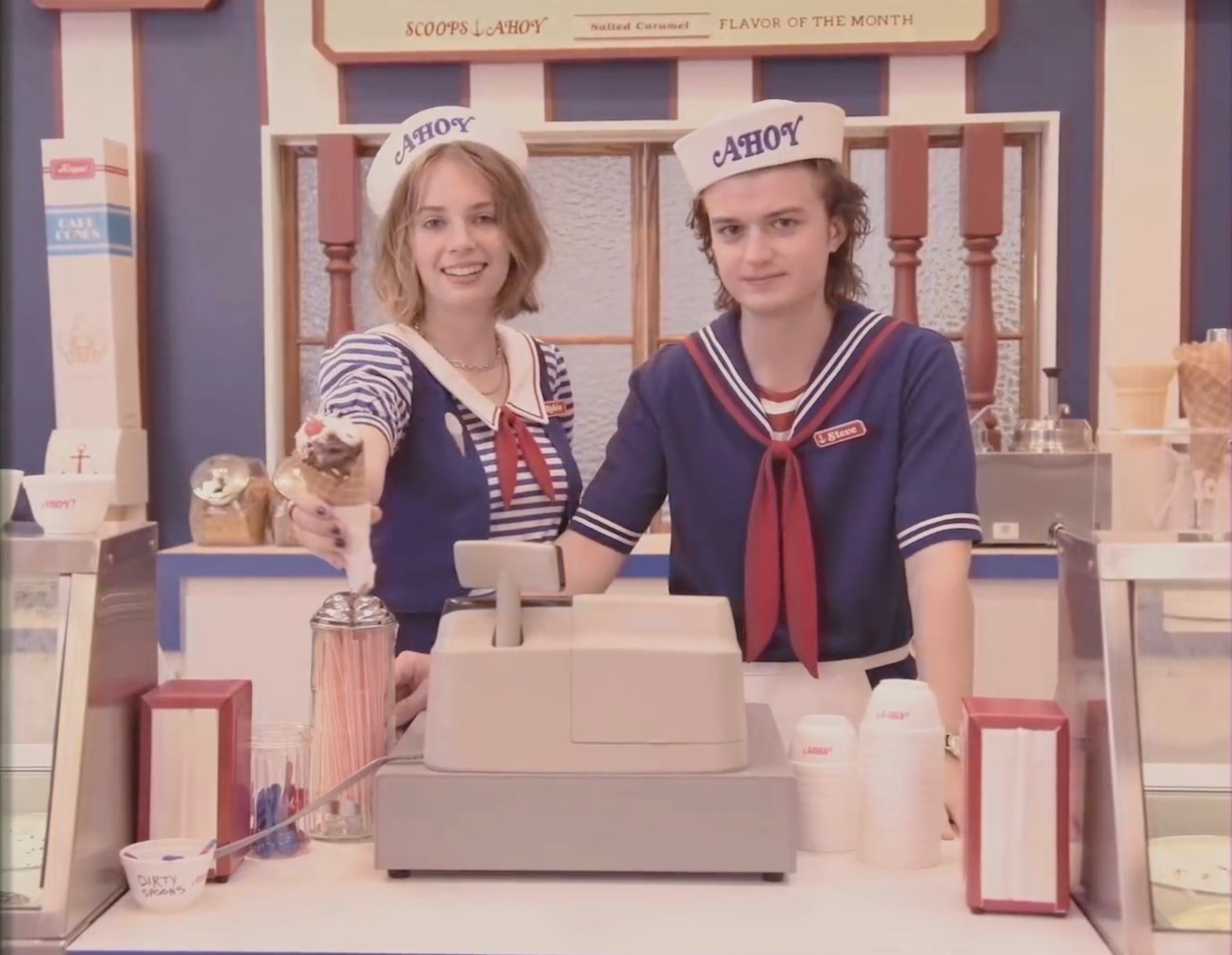 stranger things season 3 starcourt mall ice cream scoops ahoy
