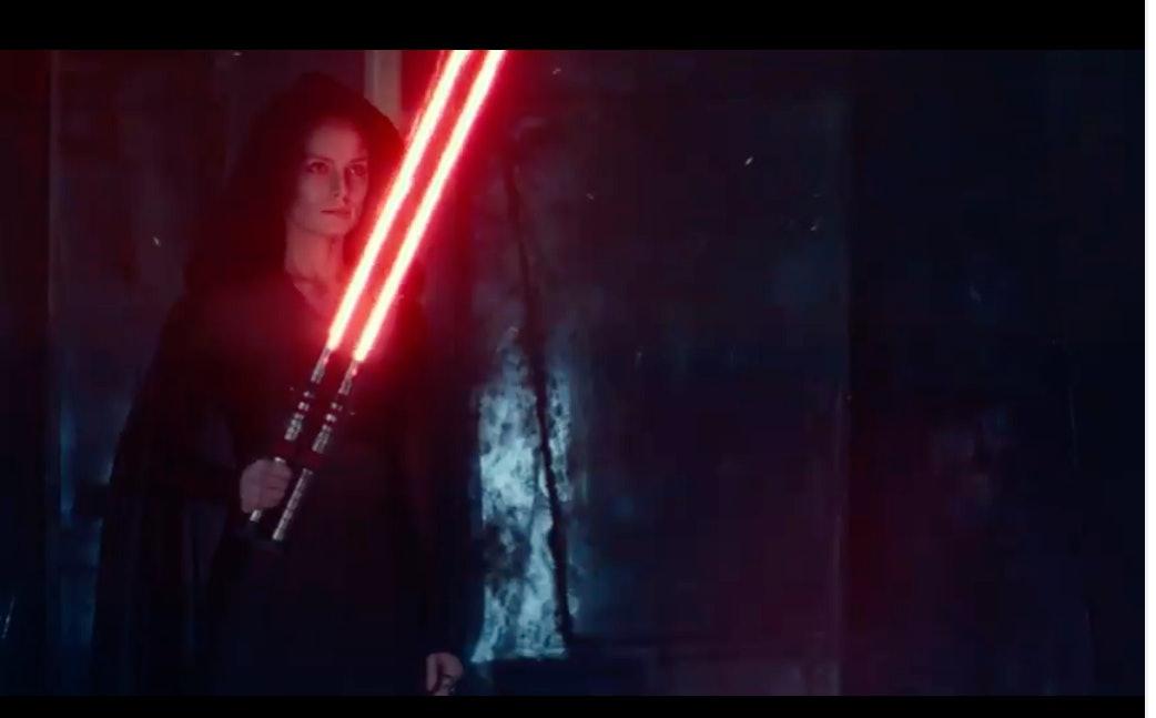 Star Wars 9 Dark Rey Red Lightsaber D23