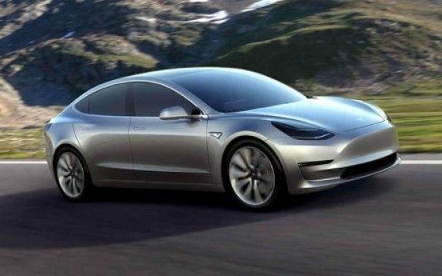 Tesla model 3 già andata a ruba