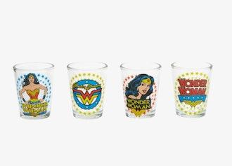 DC COMICS WONDER WOMAN SHOT GLASS SET