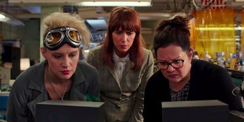 2016 Ghostbusters Kate McKinnon Kristen Wiig Melissa McCarthy