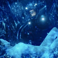 Miller and Julie Mao Die Driving Eros Into Venus on 'The Expanse'