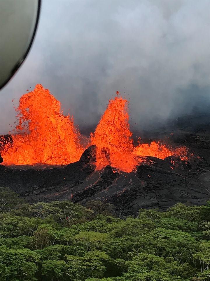 hawaii kilauea fissure 22 laze