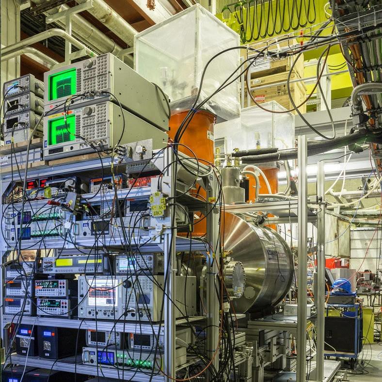 antiproton CERN penning trap